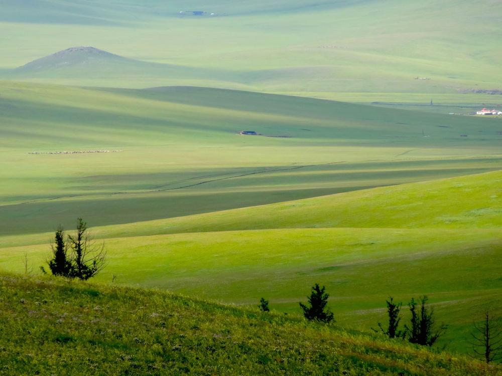 mongolian steppe landscape 3